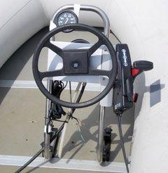 Подвесной мотор с управлением «газ-реверс»