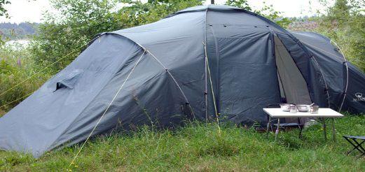 Летняя рыбалка с ночевкой, выбор палатки
