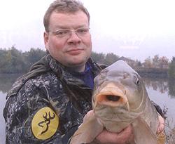 Достаточно частый вопрос, который задают на рыбалке рыболовы...