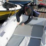 Собираем и упаковываем надувную лодку. Фоторепортаж с берега Финского залива.