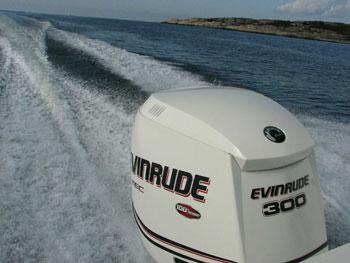 Evinrude E-Tec – презентация модельного ряда 2009 года.