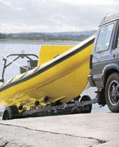 покупая подержанную лодку