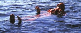 В воду – с рюкзаком на спине